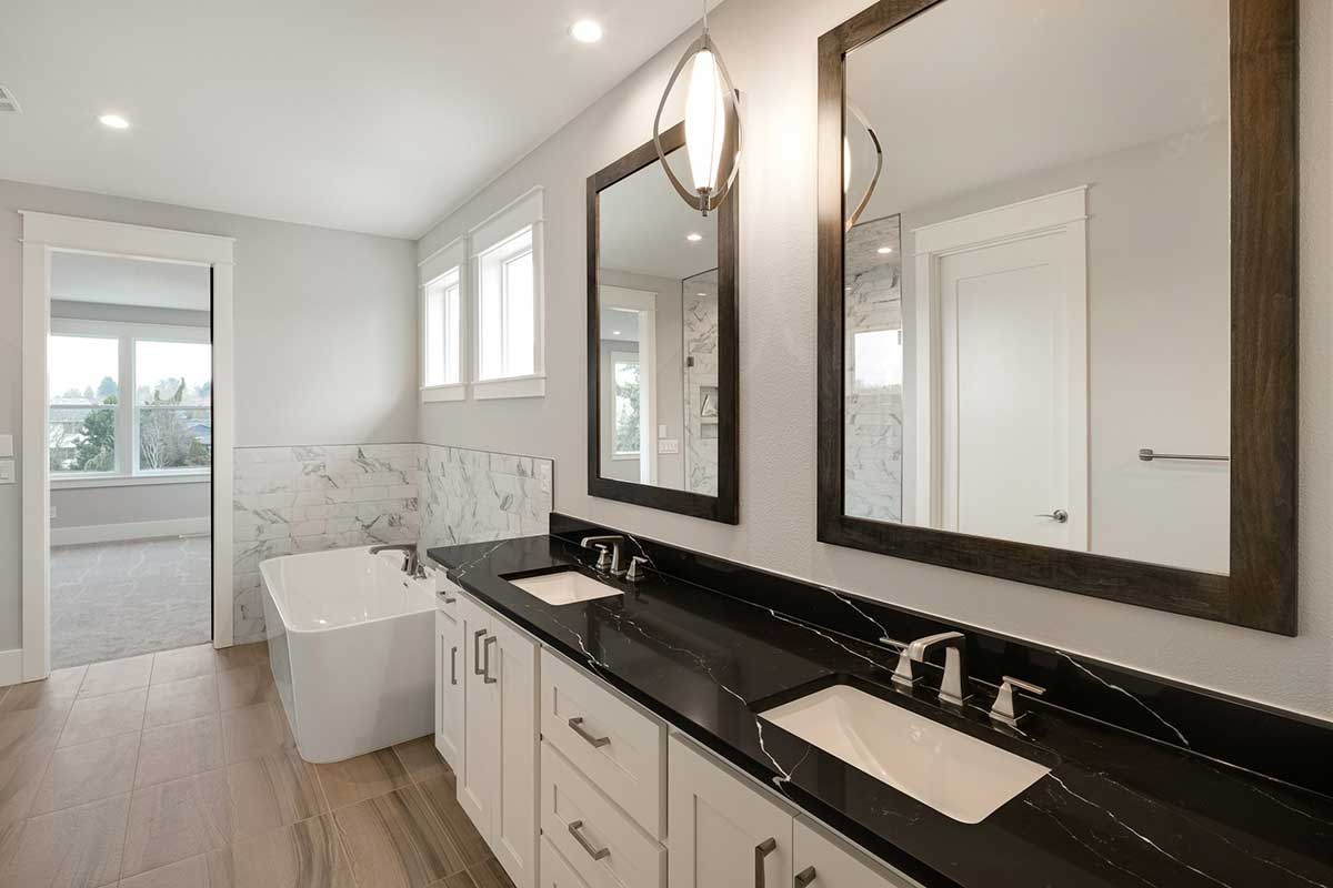 Gallery-Bathrooms-12806-NW-40th-Ave-127