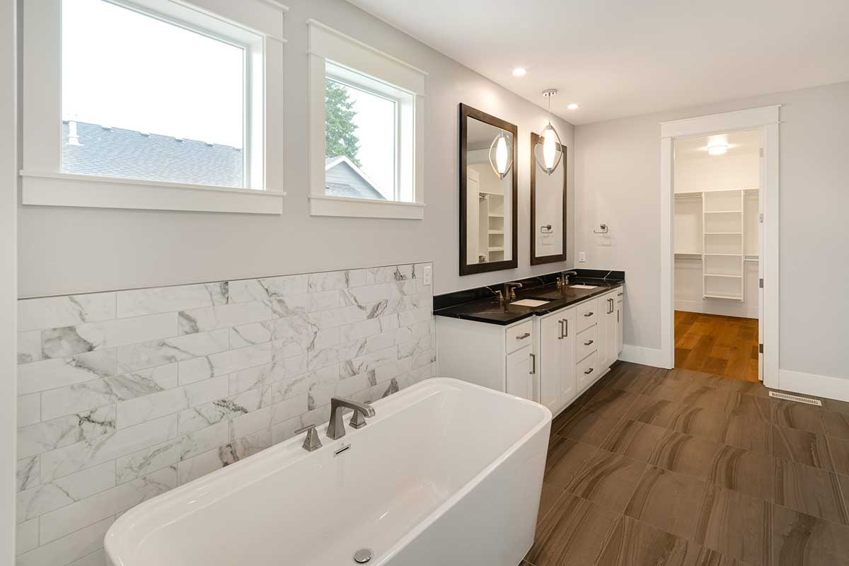 Gallery-Bathrooms-12806-NW-40th-Ave-129