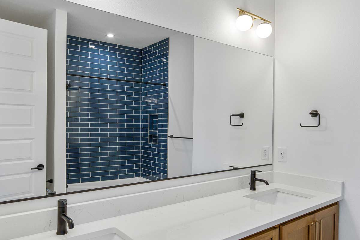 Gallery-Bathrooms-14203-NW-49th-ave-121