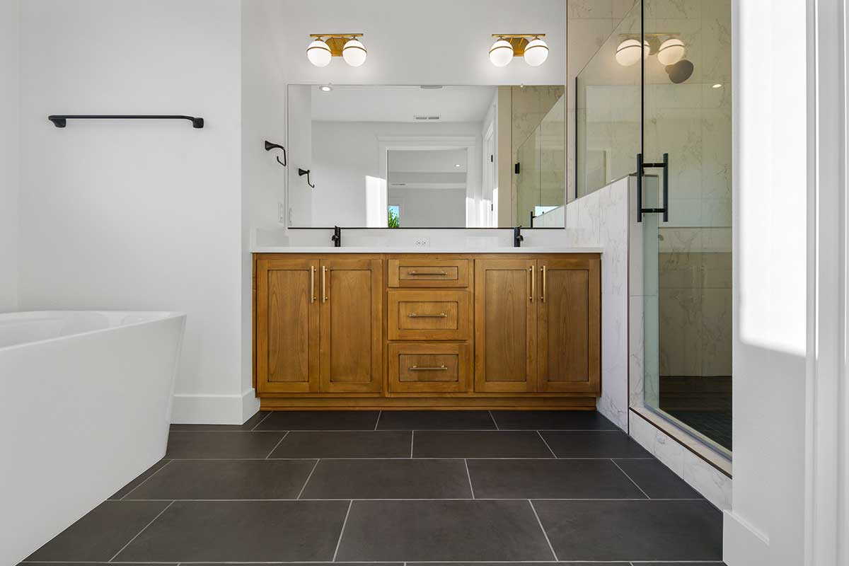 Gallery-Bathrooms-14203-NW-49th-ave-123