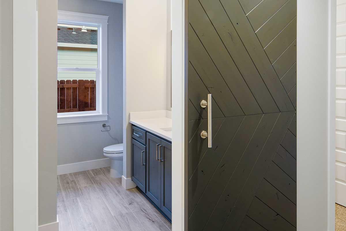 Gallery-Bathrooms-18506-NE-82nd-112-Edit