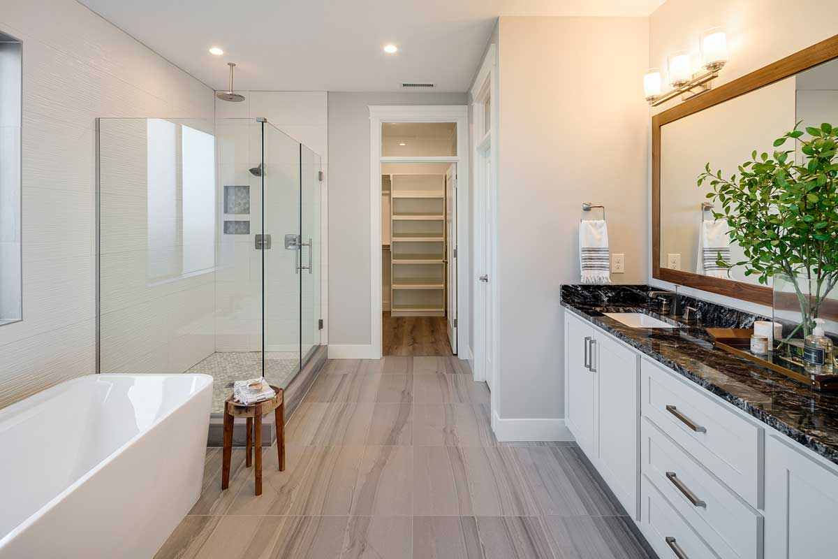Gallery-Bathrooms-kingston_homes_10-16-2018-117