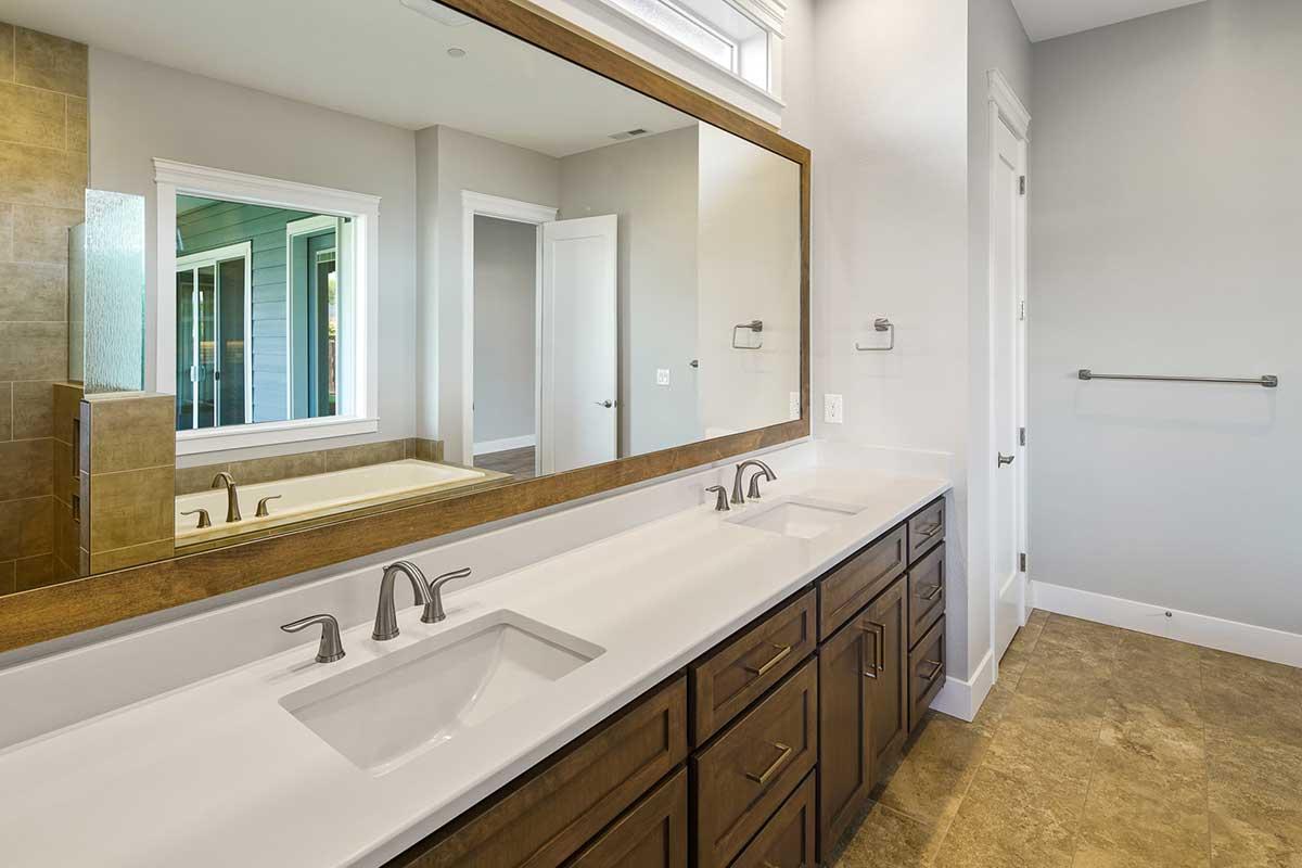 Gallery-Bathrooms-velvet-acres-8105-116