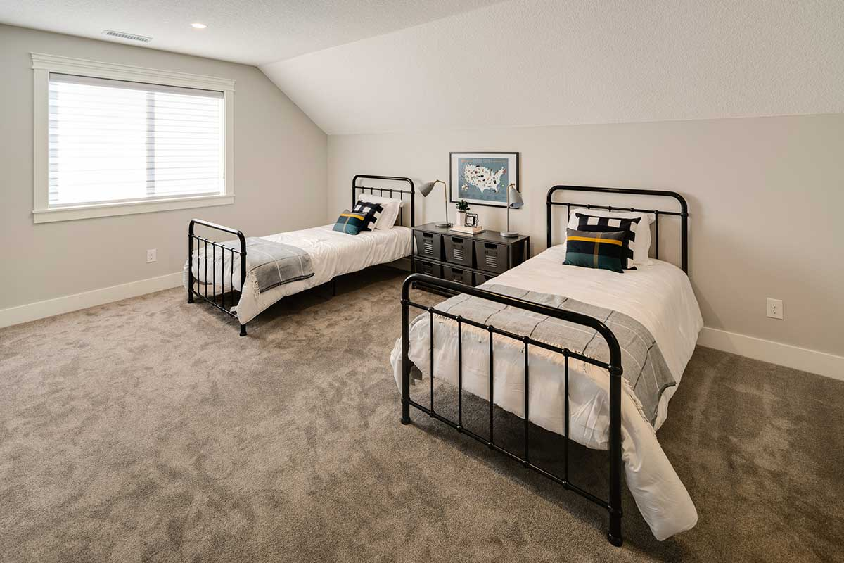 Gallery-Bedrooms-kingston_homes_10-16-2018-127
