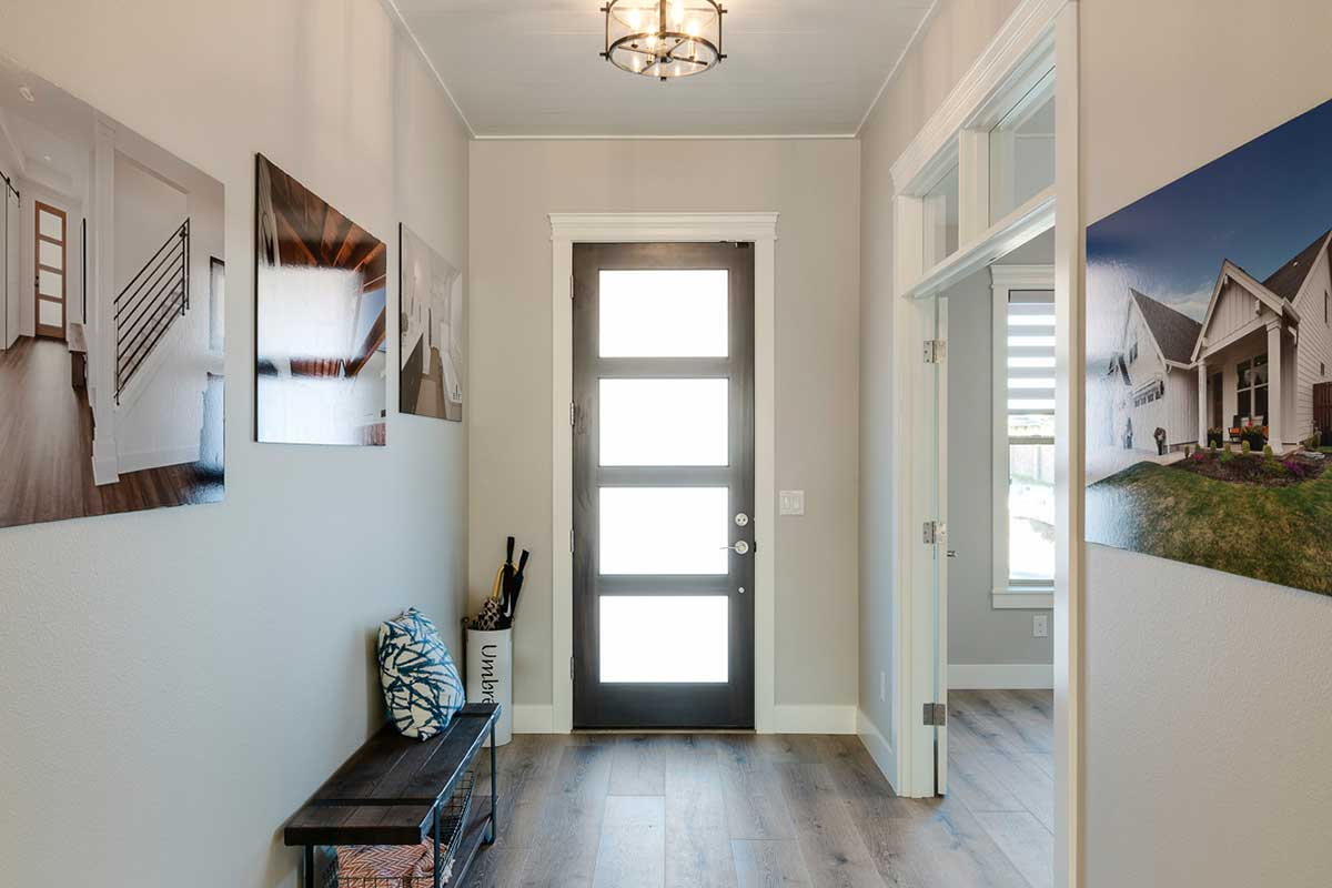 Gallery-Entrances-kingston_homes_10-16-2018-105