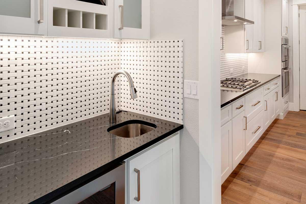 Gallery-Kitchens-12806-NW-40th-Ave-111