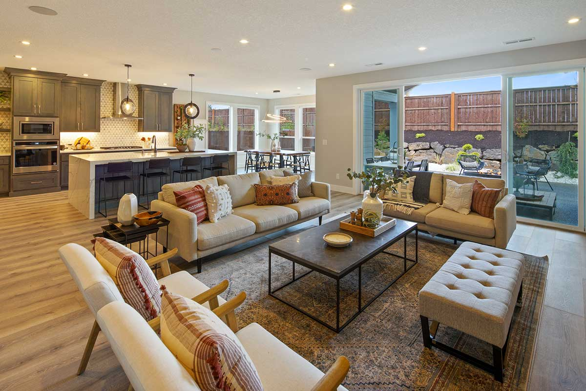 Gallery-Living-4210-43rd-Place-110