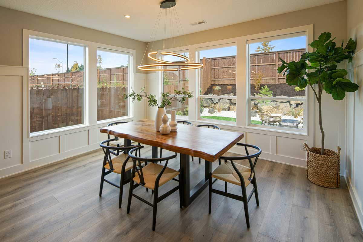 Gallery-Living-4210-43rd-Place-116