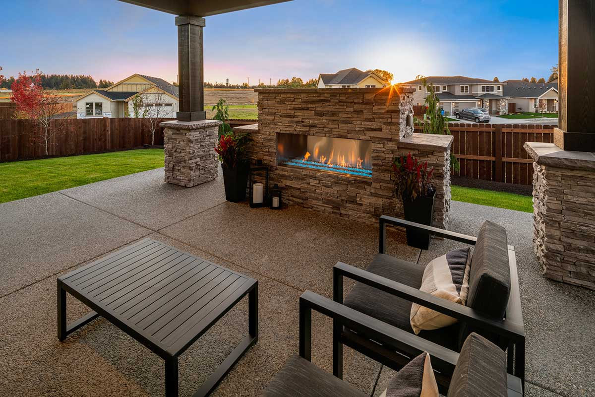 Gallery-Outdoor-kingston_homes_10-16-2018-140