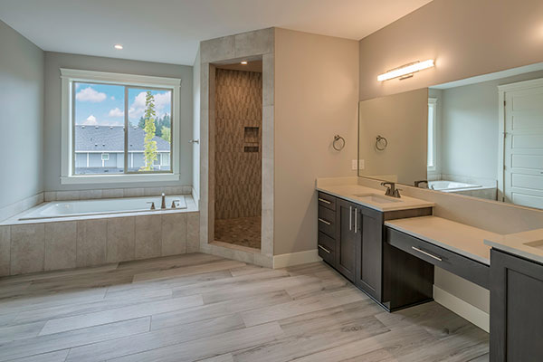 HomeFeatures-Bathrooms3