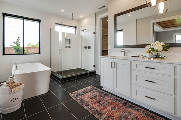 HomeFeatures-Bathrooms4