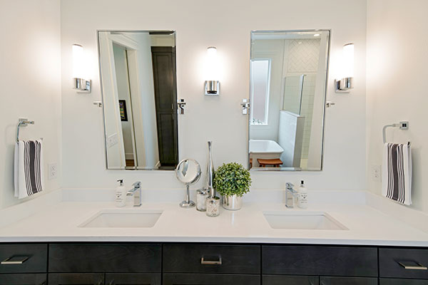 HomeFeatures-Bathrooms5